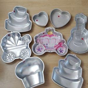 Lot of 8 Wilton Baking Pans